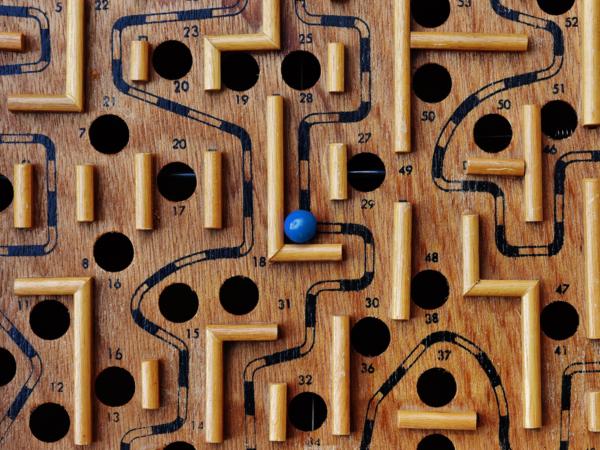 labyrinth-1738039blauw-web